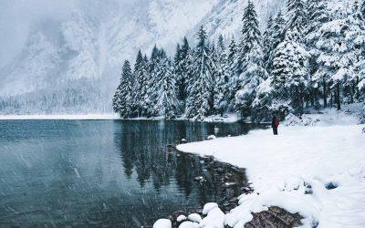 Guida pratica per escursioni invernali: consigli professionali e abbigliamento